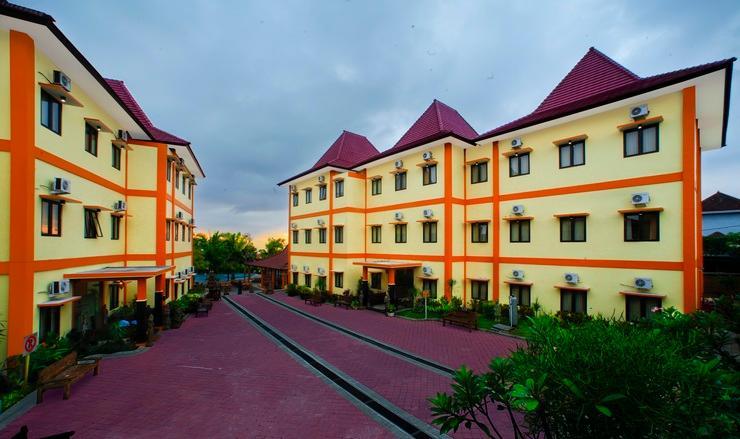 Ciptaningati Hotel Batu Malang - Building