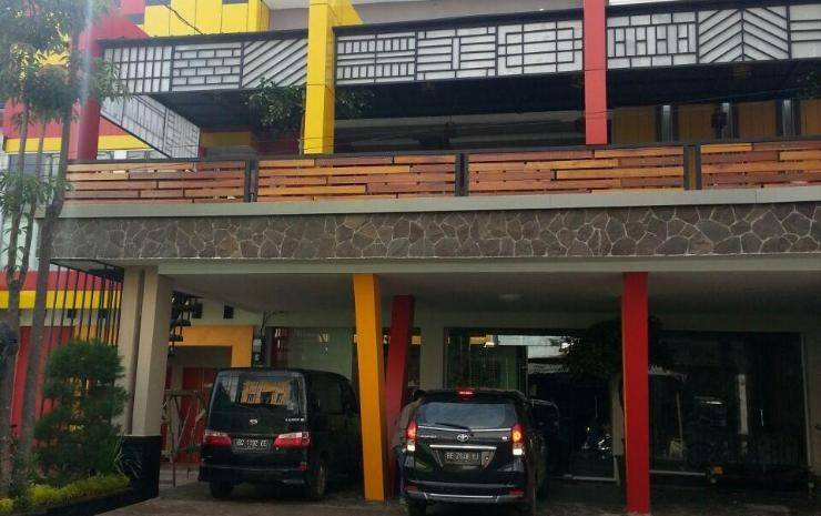 JAV Front One Hotel Lahat - Appearance