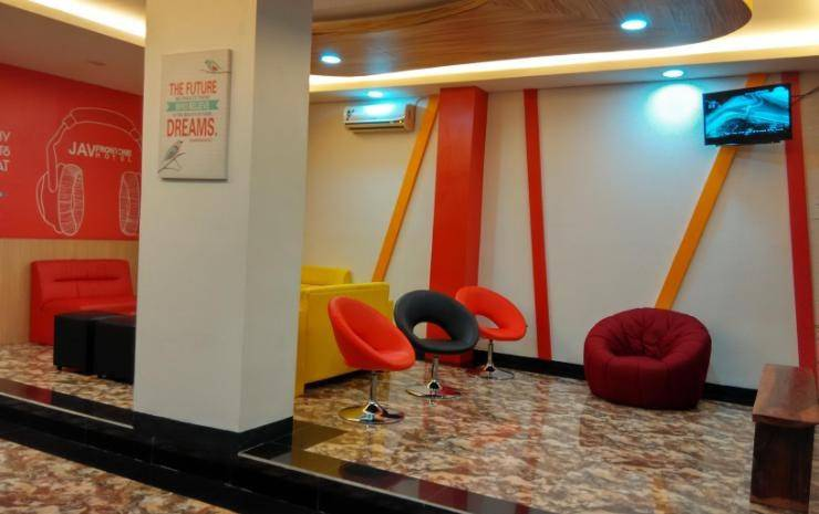 JAV Front One Hotel Lahat - Interior