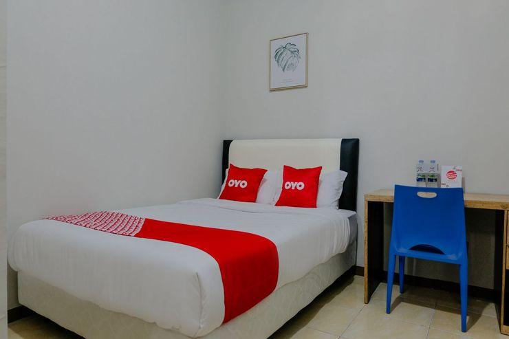 OYO 1475 Oemah Jawa Family Residence Jember - Bedroom S/D