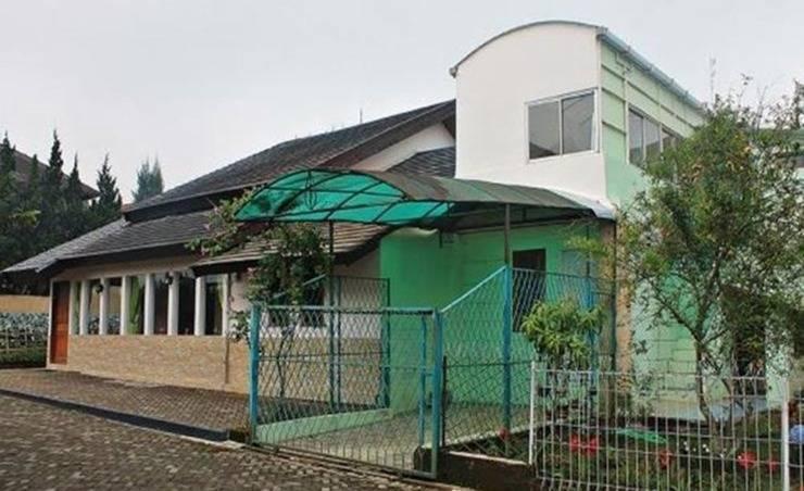 Villa R1-8 Istana Bunga Lembang Bandung - Eksterior