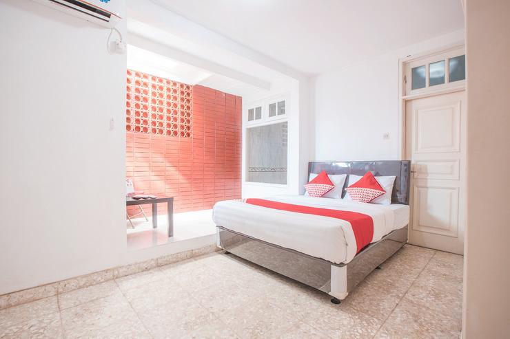 OYO 332 G17 Residence Jakarta - Bedroom