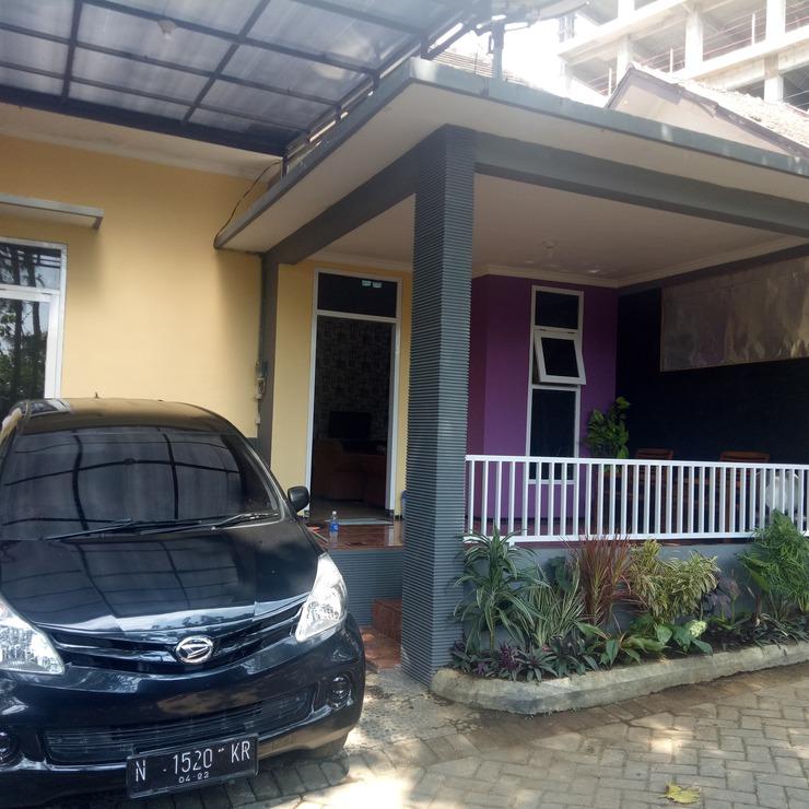 Peepint Malang - Exterior