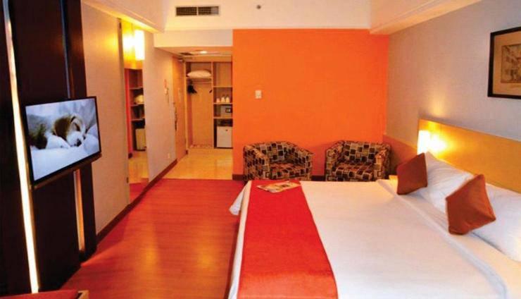 Hotel Arcadia Surabaya - Minimalis Deluxe room