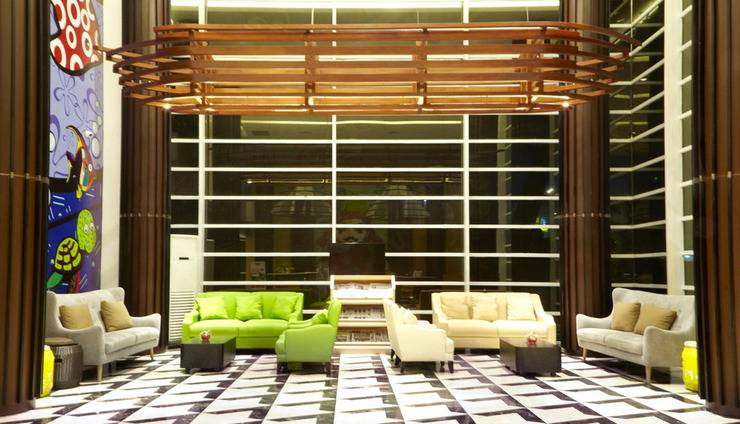 MaxOneHotels at Resort Delia Makassar - Lobi