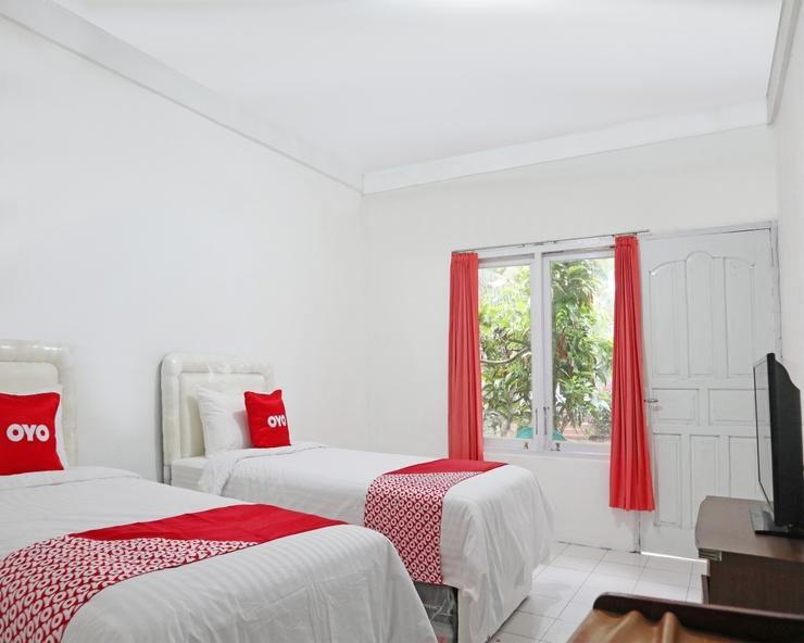 OYO 1538 Pesona Beach Travelodge Padang - Bedroom