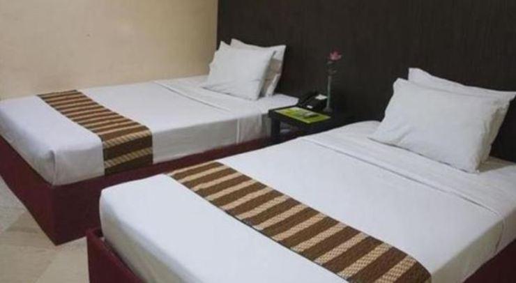 Griyo Avi Hotel Surabaya - Bedroom