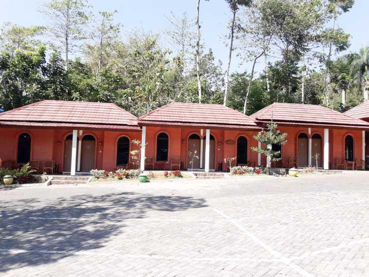 Gunung Bale Resort Mojokerto - Appearance