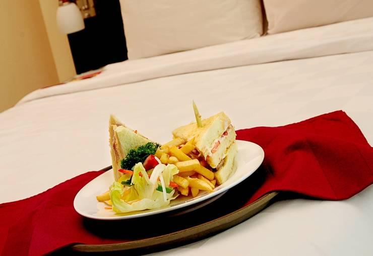 Marbella Hotel Dago Bandung - Room Service