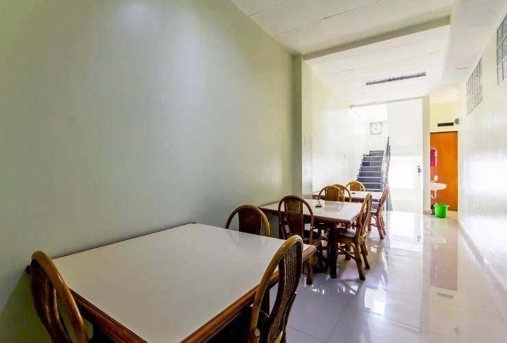 Asoka Inn Bandung - Common Space