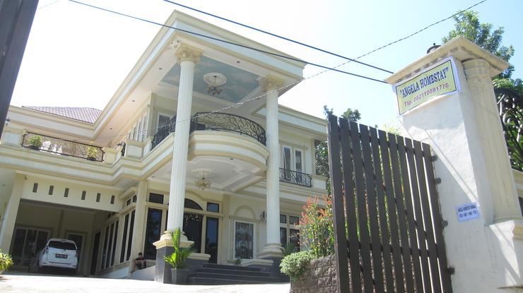 Angela Homestay Manado Minahasa - Exterior