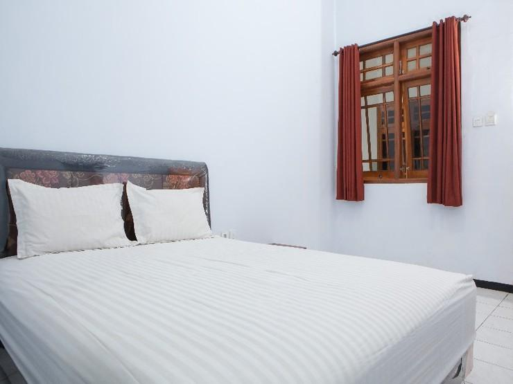 Ciliwung Guest House Malang - Guestroom