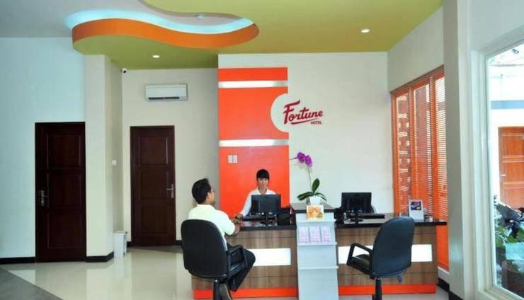 Fortune Hotel Lombok - lobi