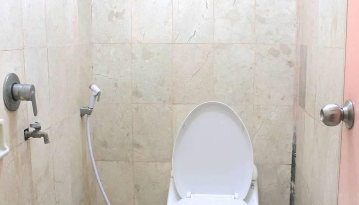 Graha Sekar Arum Syariah Surabaya - Bathroom