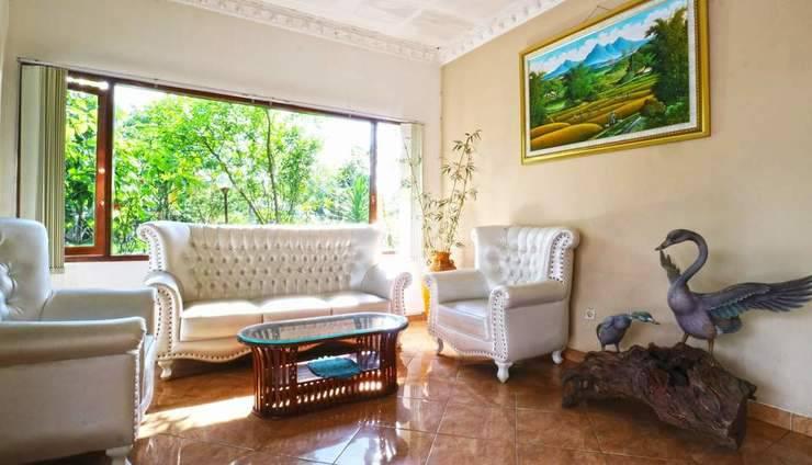 Aries Biru Hotel Bogor - Lobby