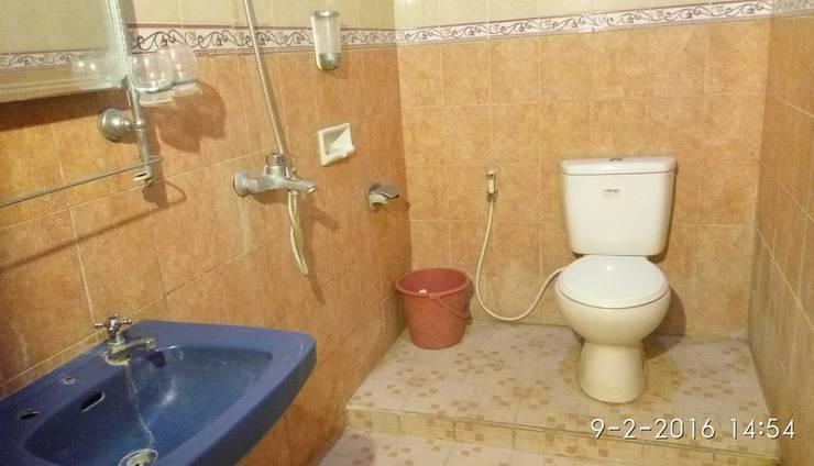 Hotel Lodaya Bandung - Bathroom