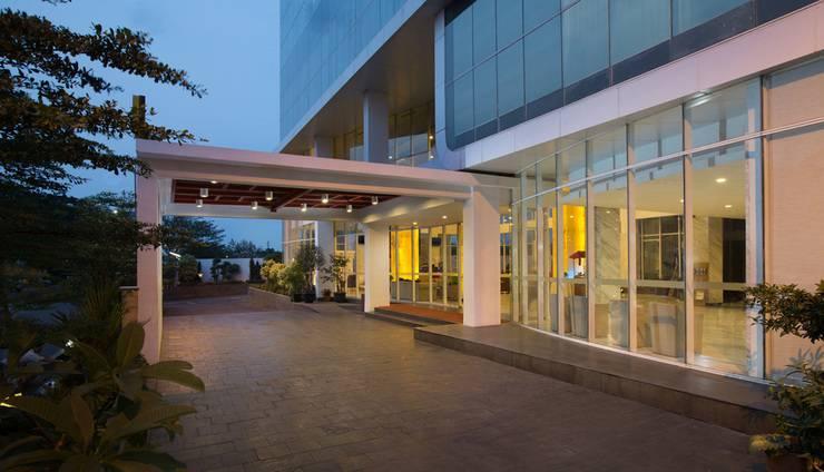 Best Western Hariston Jakarta - Pintu Masuk Hotel