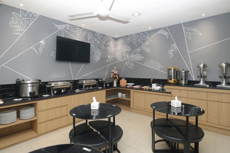 Airy Thamrin Kebon Kacang Sembilan 47 Jakarta Jakarta - Dining Room