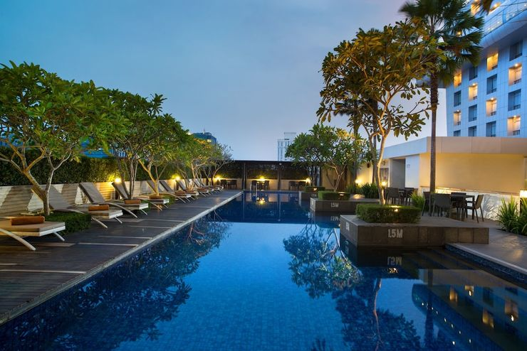 Hotel Santika Medan Medan - Outdoor Pool
