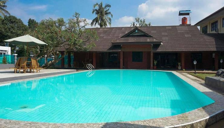 Hotel Gerbera Puncak - Pool