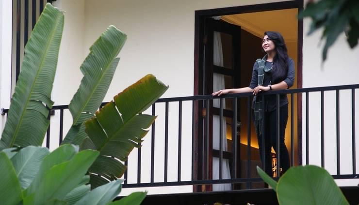 d Green Kayon Airport Hotel Solo - Balkon