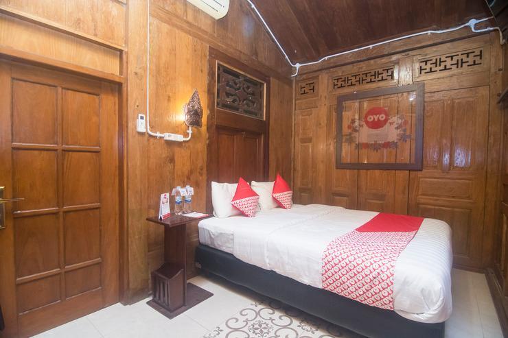 OYO 300 Kampoeng Joglo Yogyakarta - Bedroom