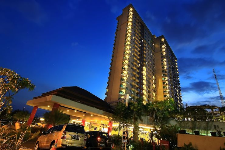Solo Paragon Hotel & Residences Solo - Hotel Front - Evening/Night