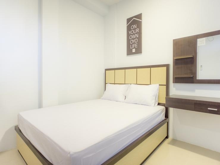 OYO Life 2354 Rose House Medan - Bedroom