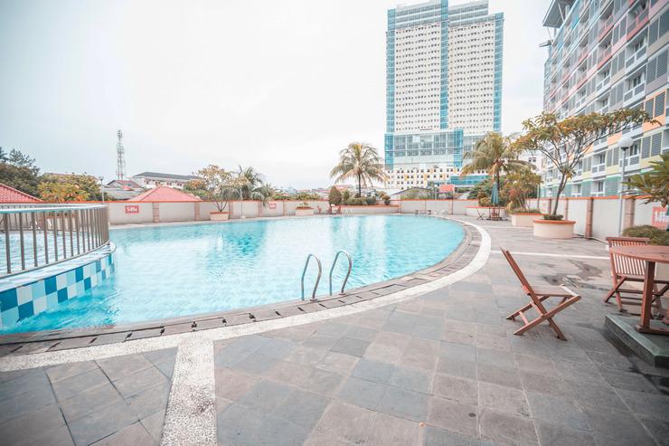 OYO 670 Margonda Residence 1 dan 2 Depok - Swimming Pool