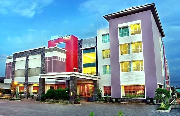 Aston Tanjung Tabalong - Tampilan Luar Hotel