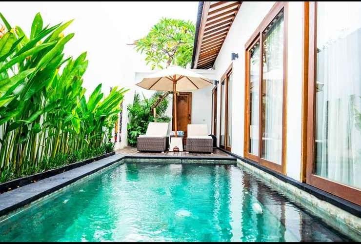 Anari Villas Kuta Bali - Pool