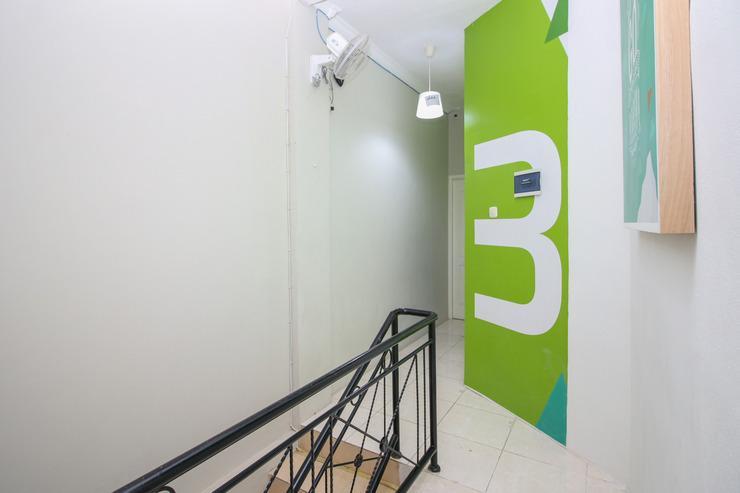 Airy Eco Margonda Raya 222F Depok Depok - Upstairs