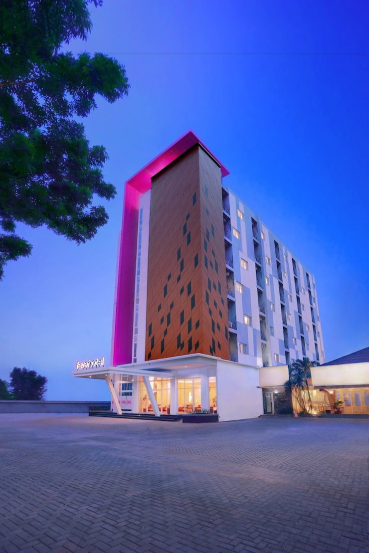 favehotel Diponegoro - Featured Image