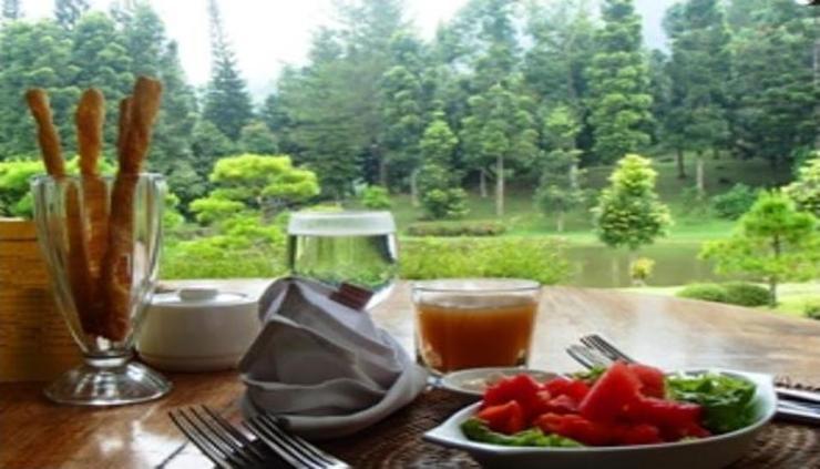 Javana Spa & Resort Sukabumi - Meals