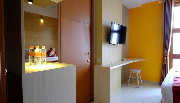 Tibera Hotel Ciumbuleuit Bandung - Kamar tamu