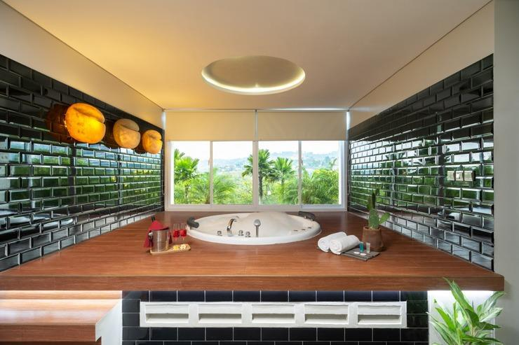 Clove Garden Hotel Bandung - Private Jacuzzy (type Family Suite)