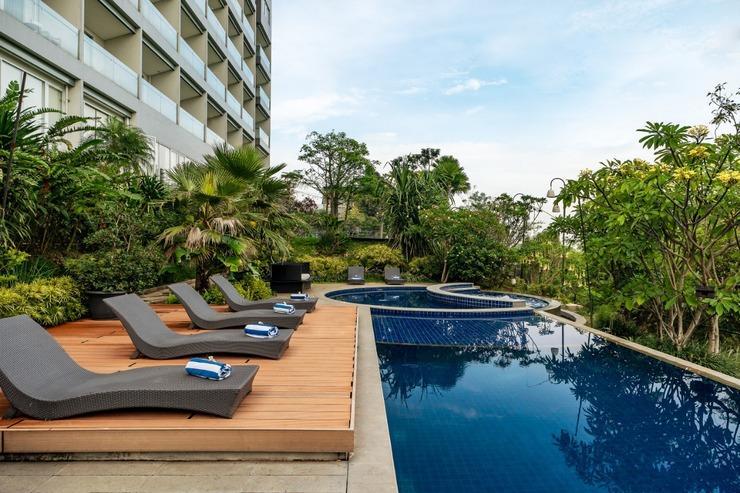 Clove Garden Hotel Bandung - pool