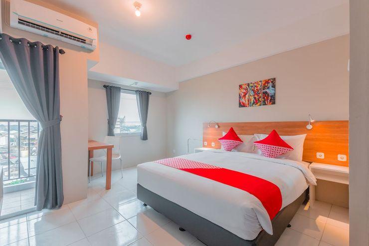 OYO Flagship 750 Mont Blanc Bekasi - Bedroom