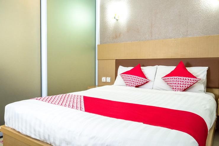 OYO 664 Romance Hotel Batam - Guestroom