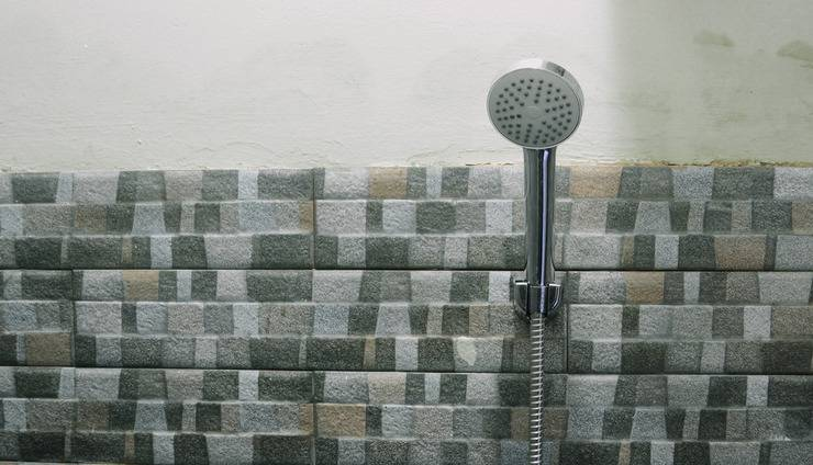 RoomMe Tamansari Ketapang  Jakarta - Toilet