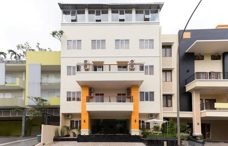 AH1 Guesthouse Tangerang - Exterior