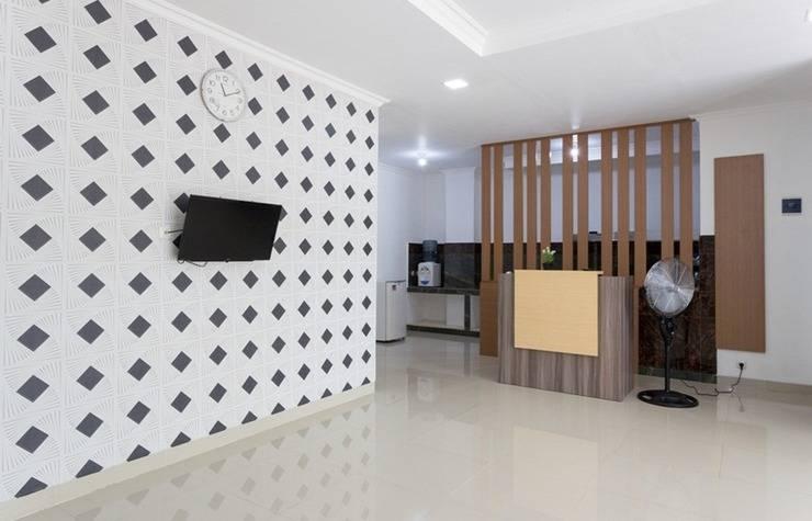 AH1 Guesthouse Tangerang - Lobby