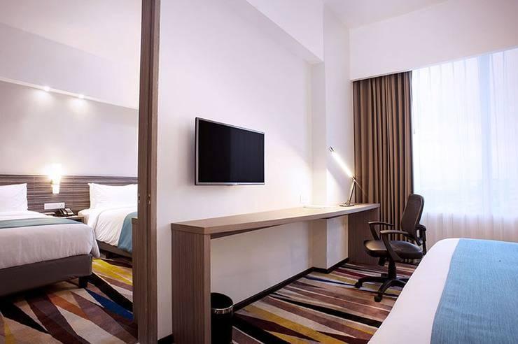 Holiday Inn Express Surabaya Central Plaza Surabaya - Kamar terhubung