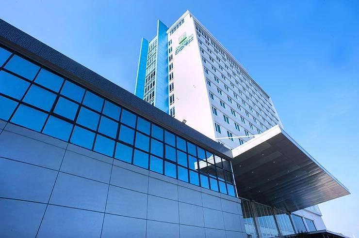 Holiday Inn Express Surabaya CenterPoint Surabaya - Bangunan