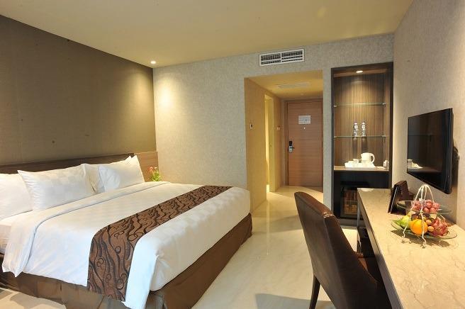 Hotel Aria Centra Surabaya Surabaya - Deluxe Tempat Tidur King