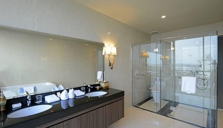Hotel Aria Centra Surabaya Surabaya - kamar mandi