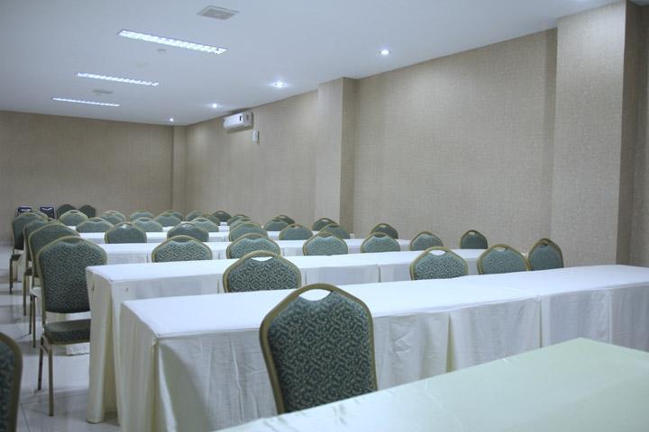 Saka Hotel Medan - Ruang Rapat