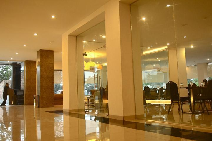 Saka Hotel Medan - Interior