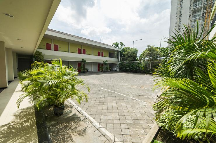Airy Sukolilo Medokan Semampir Indah 25 Surabaya - Exterior