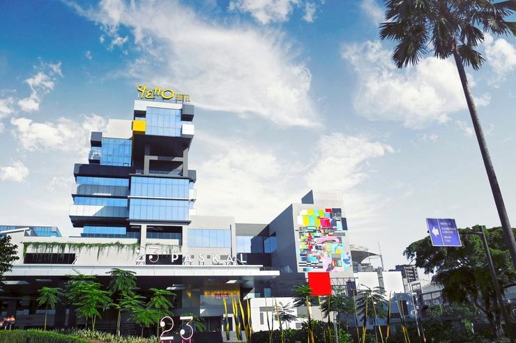 Yello Hotel Paskal Bandung Bandung - Exterior Building